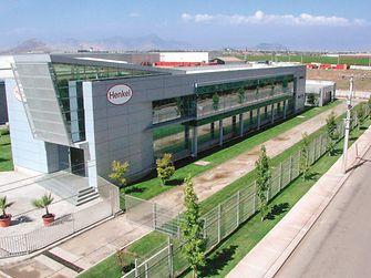 Edificio Henkel Chile.
